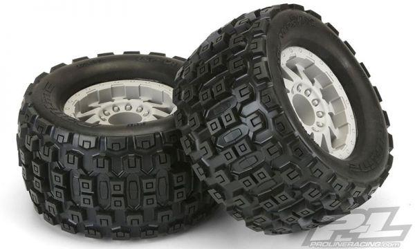 """Badlands MX38 3.8"""" on F11 1/2 Offset Wheels 17mm (2)"""