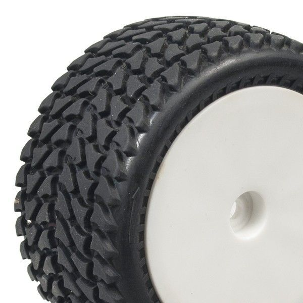 1:10 Buggy Tires All Terrain front white disc glued (2)